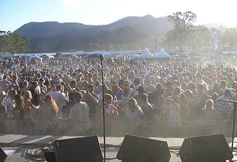 Psycho crowd kicking up some dust at the Jazz in the Vines Festival, Hunter Valley, 2006